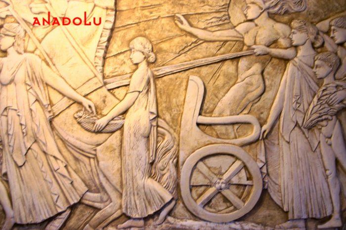 Heykel Rölyef Örneği Bursa