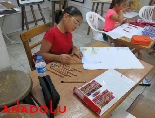 Bursadaki Çocuklar Karakalem Işık Çalışmaları