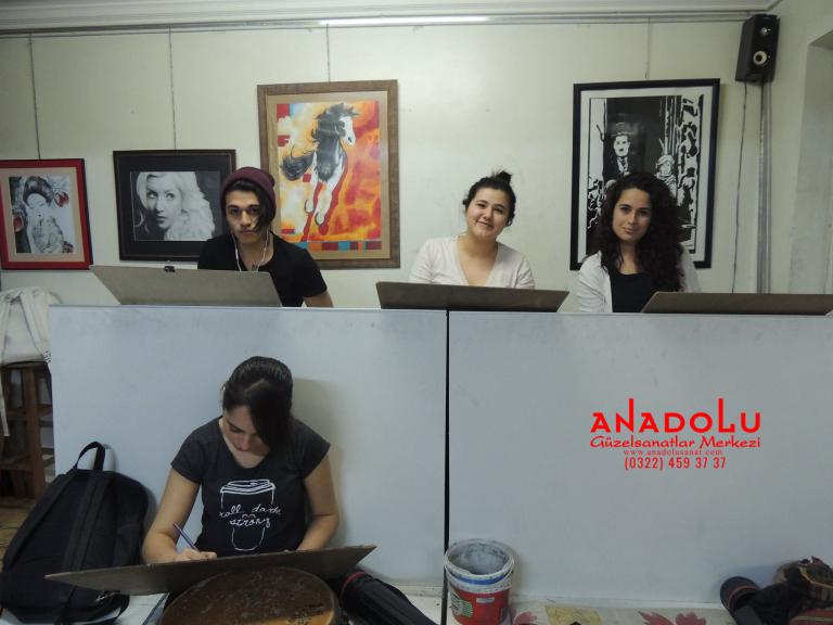 Anadolu Güzel Sanatlarda Karakalem Çizim Atölyesi Bursa